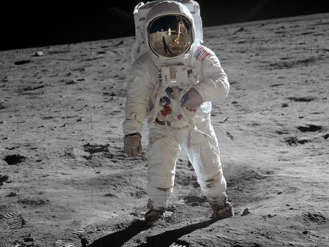 50 Aniversario del hombre en la Luna. (20 de julio)